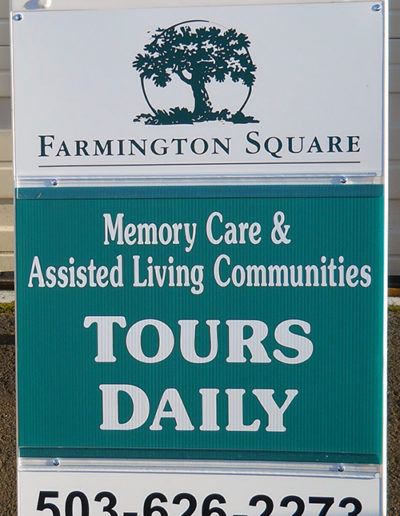 Farmington Sqare
